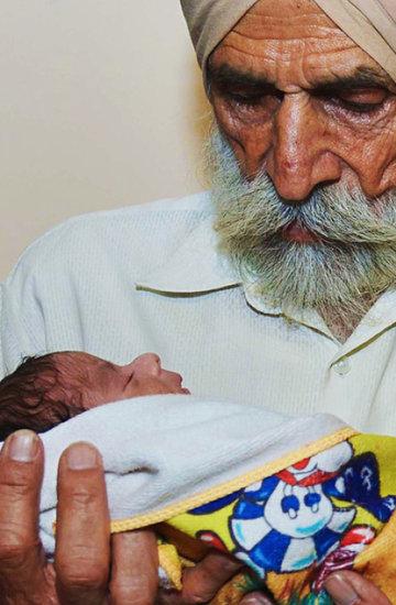 72-letnia matka, Dajlinder Kaur, jamnik