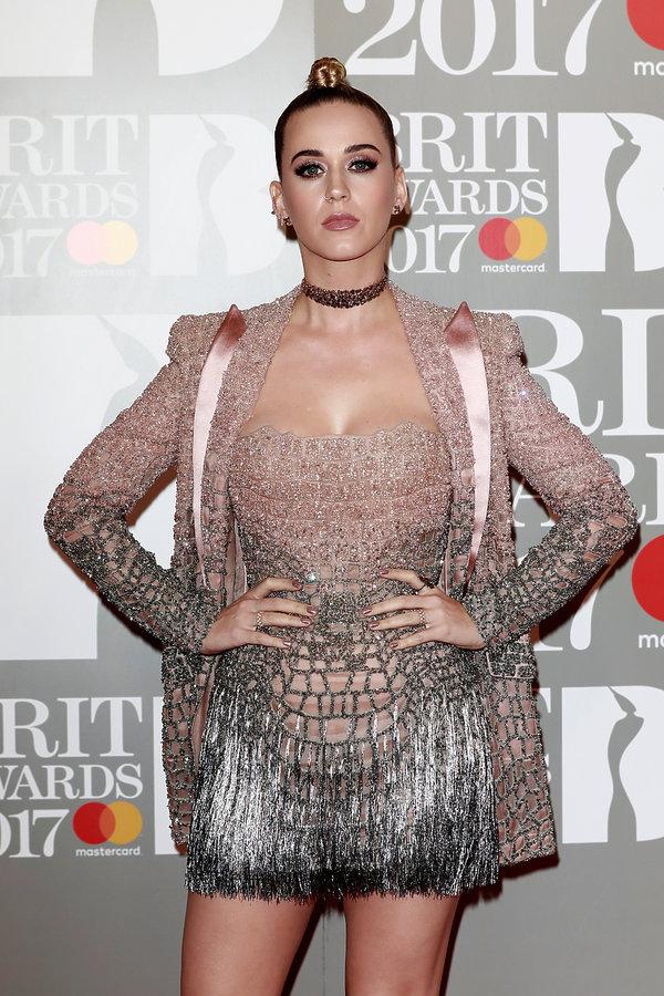 Brit Awards 2017, Katy Perry