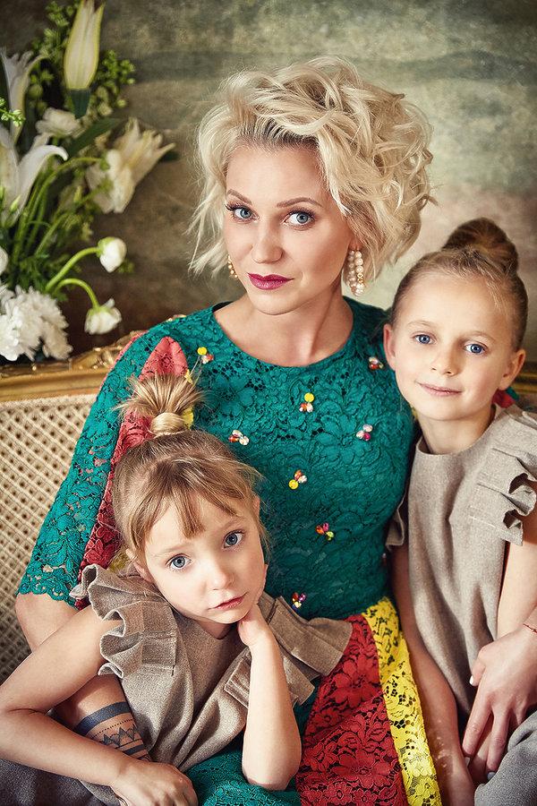 Daria Ładocha z dziećmi, Daria Ładocha, VIVA! czerwiec 2018