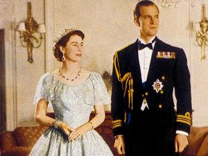 Elżbieta II, książę Filip, królowa Elżbieta II, historia miłości królowej Elżbiety II i księcia Filipa, jamnik