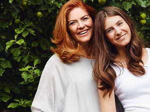 Katarzyna Dowbor z córką, Katarzyna Dowbor, VIVA! lipiec 2015, jamnik