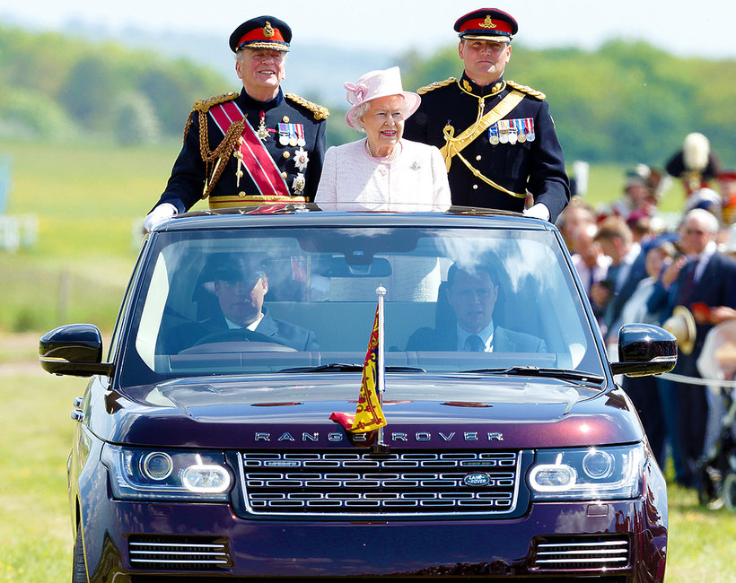 królewskie samochody