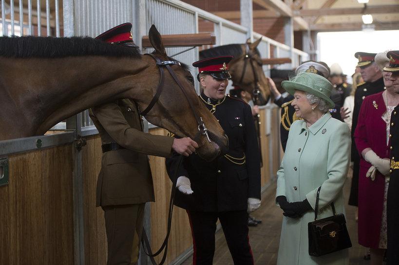 królowa Elżbieta II, Elżbieta II, jazda konno