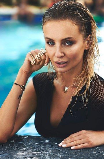 """Agnieszka Szulim, """"Viva!"""" lipiec 2014"""