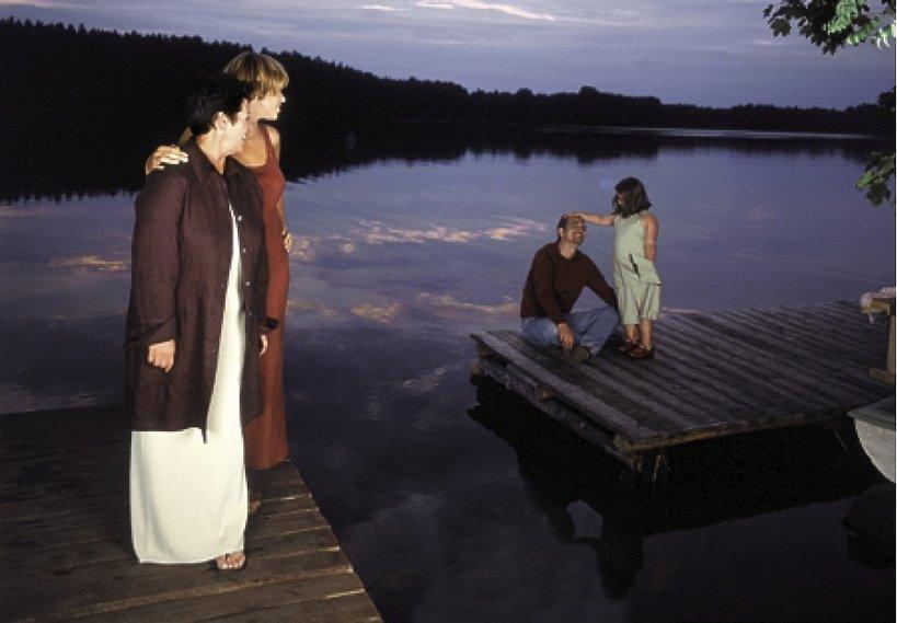 Ewa Bem z córkami Pamelą i Gabrysią oraz mężem Ryszardem Sibilskim,