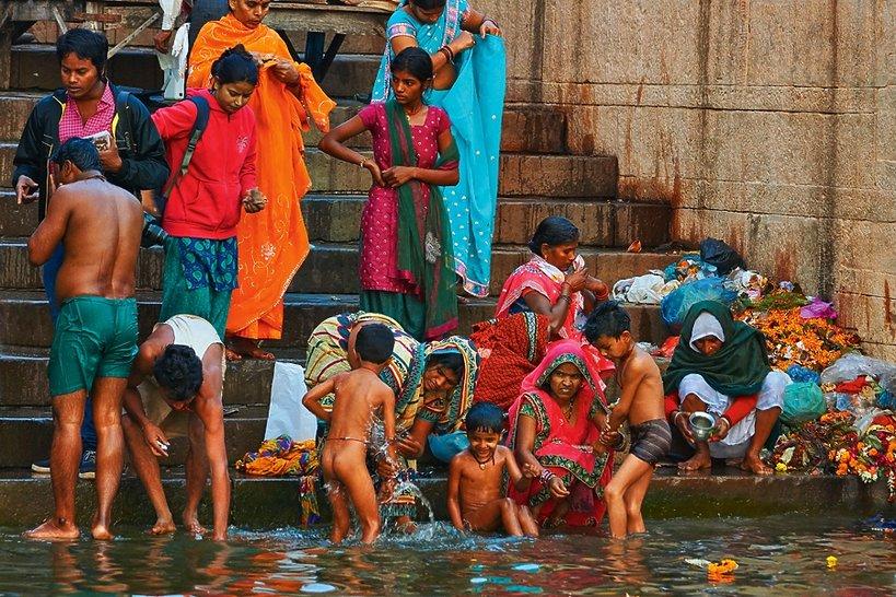 """Varanasi, """"Viva!"""" marzec 2015"""