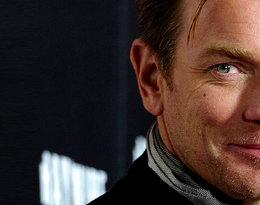 Ewan McGregor rozstał się z żoną po 22 latach małżeństwa. Aktor zostawił Evę Mavrakis dla młodszej kochanki!