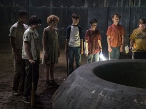 Film Name: TO  Copyright: © 2017 WARNER BROS. ENTERTAINMENT INC. AND RATPAC-DUNE ENTERTAINMENT LLC.  ALL RIGHTS RESERVED  Photo Credit: Brooke Palmer  Caption: (L-r) CHOSEN JACOBS as Mike Hanlon, FINN WOLFHARD as Richie Tozier SOPHIA LILLIS as Beverly Ma