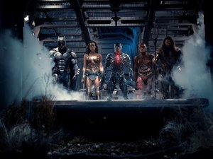 "(L-R) BEN AFFLECK as Batman, GAL GADOT as Wonder Woman, RAY FISHER as Cyborg, EZRA MILLER as The Flash and JASON MOMOA as Aquaman in Warner Bros. Pictures' action adventure ""JUSTICE LEAGUE,"" a Warner Bros. Pictures release."
