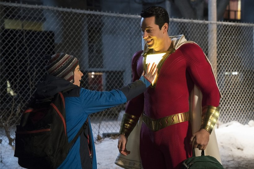 (L-r) JACK DYLAN GRAZER as Freddy Freeman and ZACHARY LEVI as Shazam in New Line Cinema's action adventure