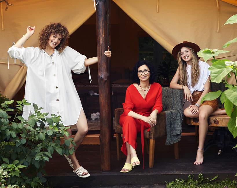 Aida Kosojan-Przybysz, Aida Kosojan-Przybysz z córkami, VIVA! 14/2021