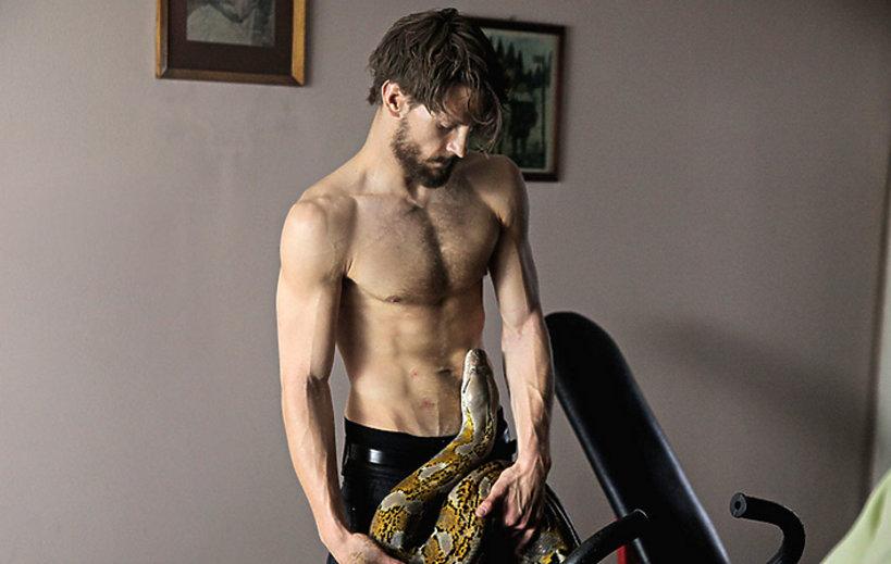 Aktorzy, którzy rozebrali się do roli: Sebastian Fabijański