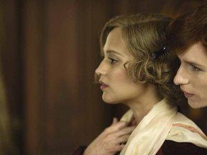 Alicia Vikander i Eddie Redmayne