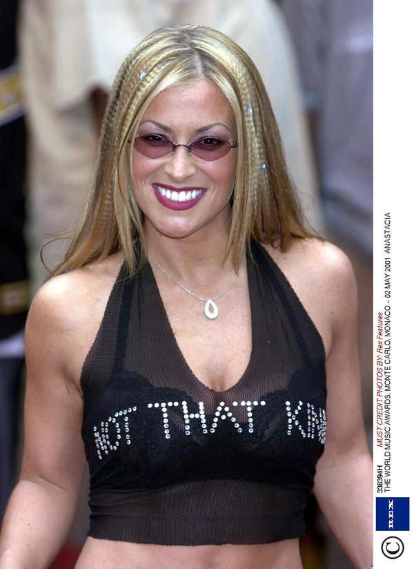 Anastacia w 2001 roku