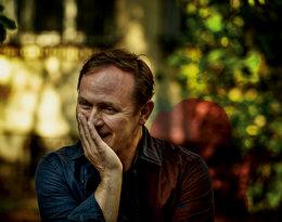 Andrzej Chyra nie lubi ryzyka, ale w życiu improwizuje…