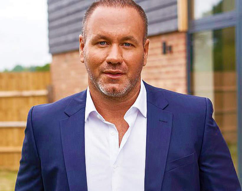 Andy Scott, milioner szuka żony