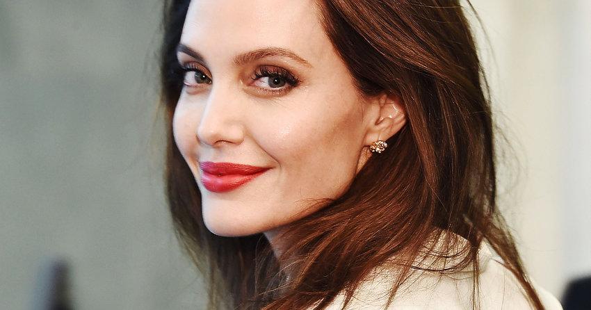 Nowa Milosc Angeliny Jolie Aktorka Spotyka Sie Z Bylym Partnerem Polskiej Gwiazdy Viva Pl