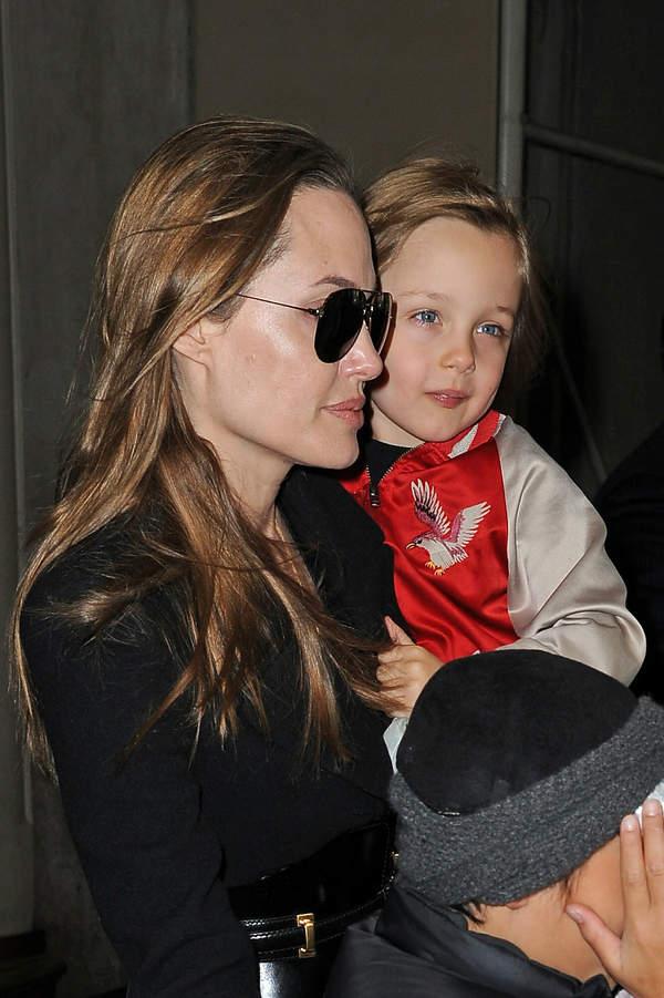 Angelina Jolie, Knox Jolie-Pitt, 2013 rok