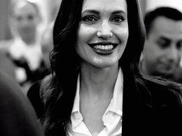 Angelina Jolie MT