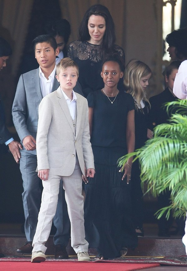 Angelina Jolie z dziećmi, Shiloh Jolie-Pitt