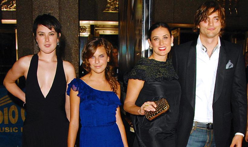 Ashton Kutcher i Demi Moore  z córkami