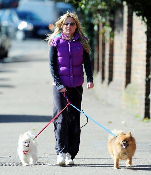 <b>Geri Halliwell</b> wybrała się na spacer ze swoimi pieskami