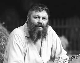 Wcielał się w słynnego Walusia Kwiczoła w Janosiku. Kim był Bogusz Bilewski?