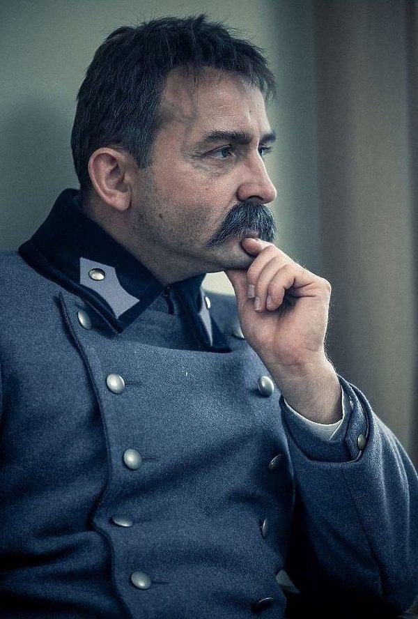 Borys Szyc jako Józef Piłsudski, zdjęcia z planu
