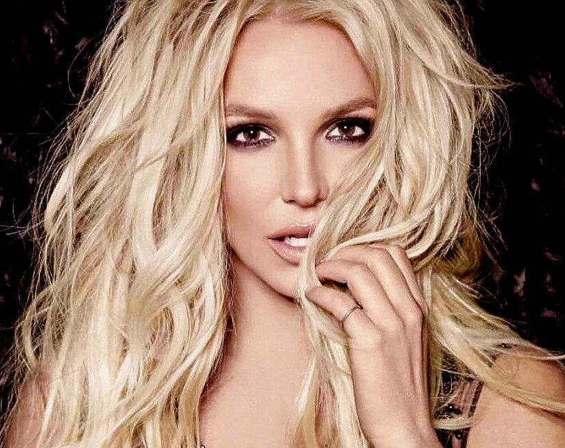 Britney Spears, Jamnik
