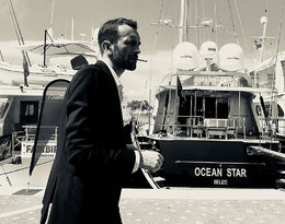 """""""Gdyby urodził się w Wielkiej Brytanii zagrałby Bonda"""". Zagraniczne media o Tomaszu Kocie"""