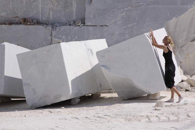 Carrara kamieniołom Michelangelo, Monika Osiecka