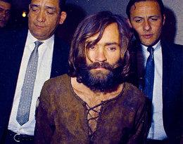 Mija pierwsza rocznica śmierci Charlesa Mansona, psychopatycznegomordercy