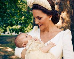 Rodzina królewska podzieliła się nowym oficjalnym zdjęciem z chrztu księcia Louisa