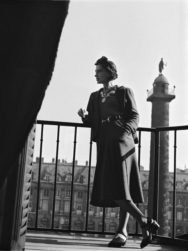 Coco Chanel na tarasie w Ritzu