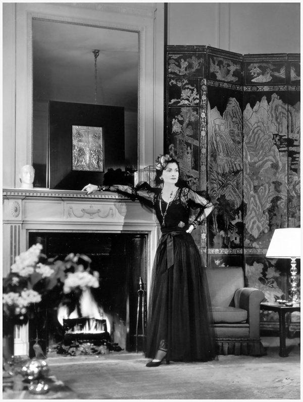 Coco Chanel w swoim apartamencie w hotelu Ritz, 1937