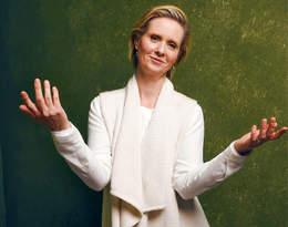 """""""Bądź damą, mówili"""". Cynthia Nixon w poruszającym manifeście kobiet"""