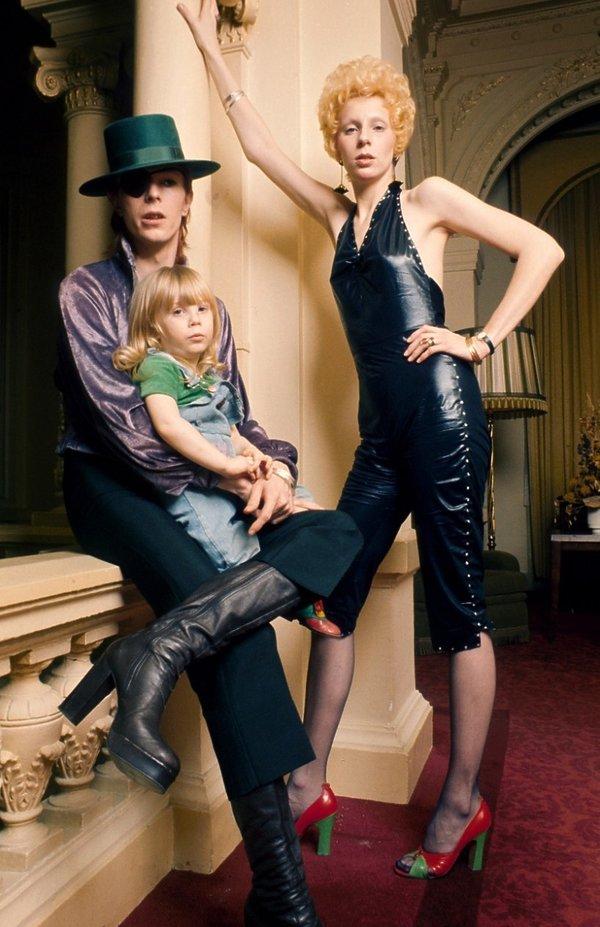 David Bowie i Angie Bowie z synem Zowie