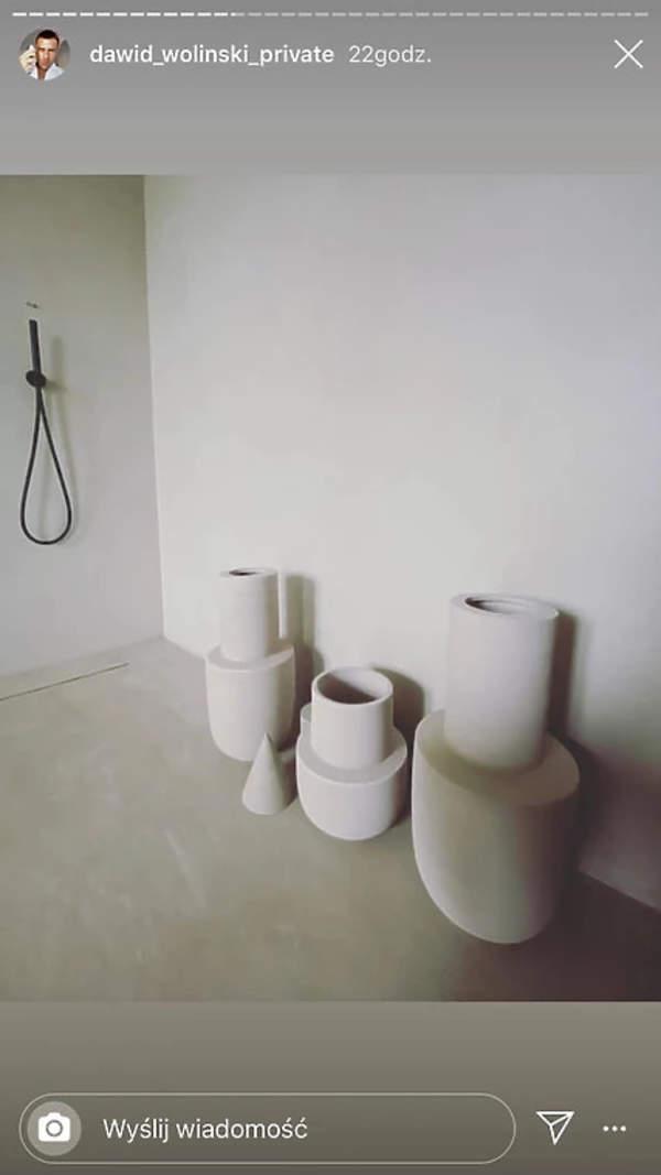 Dawid Wolinski pokazal minimalistyczny apartament 2020