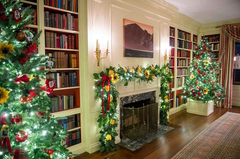 dekoracje-swiateczne-w-bialym-domu-2020