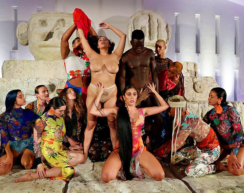 azjatyckie filmy erotyczne dla dorosłych