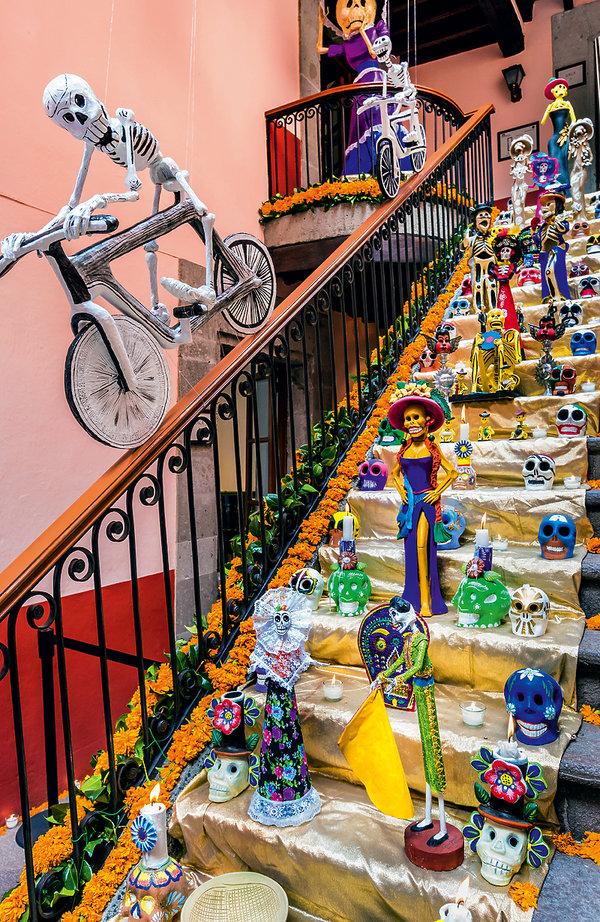 Dia de Muertos - Święto Zmarłych w Meksyku, Uroda Życia