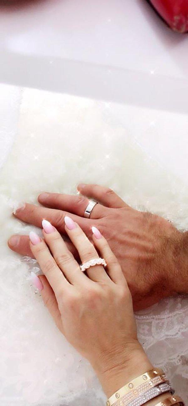 Doda, ślub
