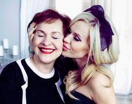 I z lukrem, i z pieprzem… Świąteczna sesja Dody z mamą, Wandą Rabczewską!