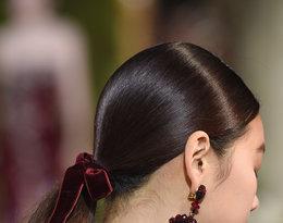 dodatki do włosów Oscar de la Renta