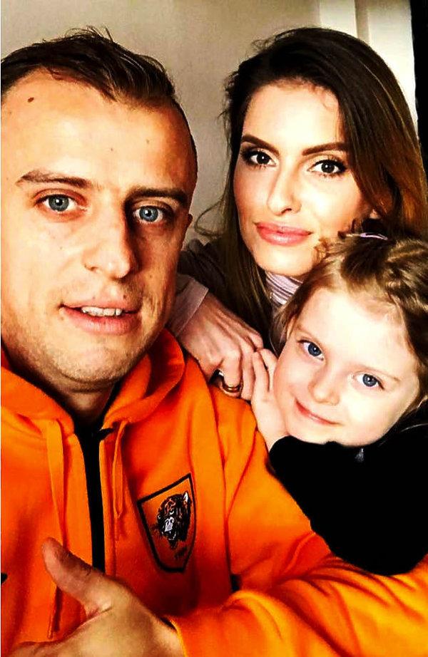Dominika Grosicka, Kamil Grosicki z córką