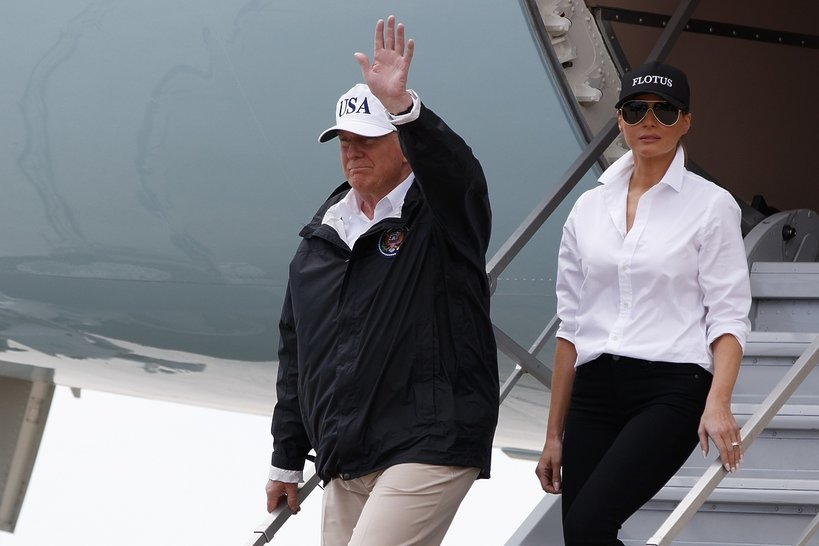 Donald i Melania Trump w drodze do Teksasu