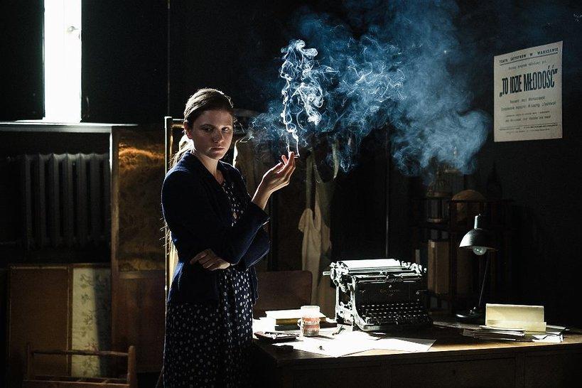 Eliza Rycembel jako Agnieszka Osiecka