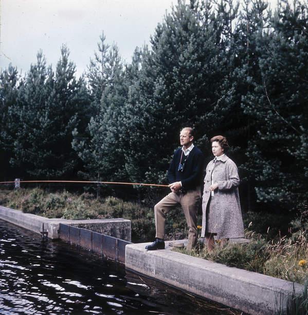 Elżbieta II i książę Filip na wakacjach w Balmoral