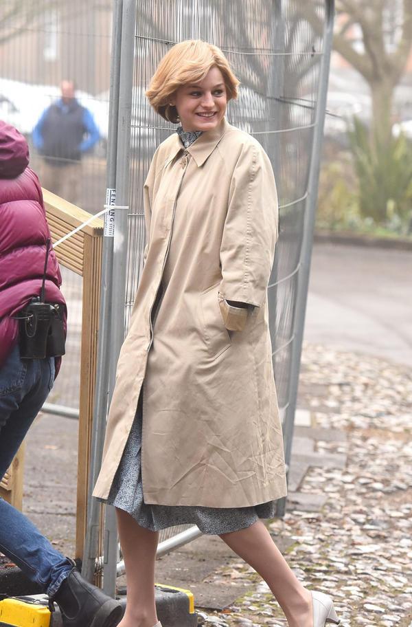 Emma Corrin The Crown księżna Diana