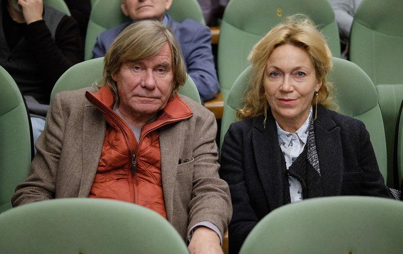 Filip Bajon z żoną